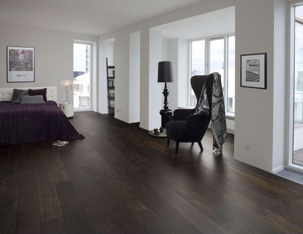 ch ne fum l 39 atelier bois. Black Bedroom Furniture Sets. Home Design Ideas