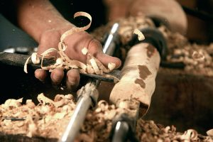 800px-woodturning_indonesia
