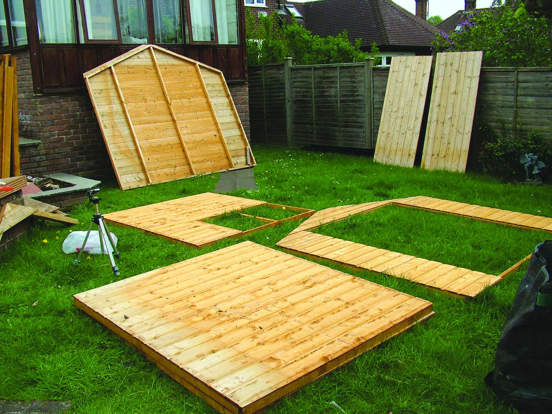 Construire son abri de jardin en bois comment monter son for Construire abri jardin