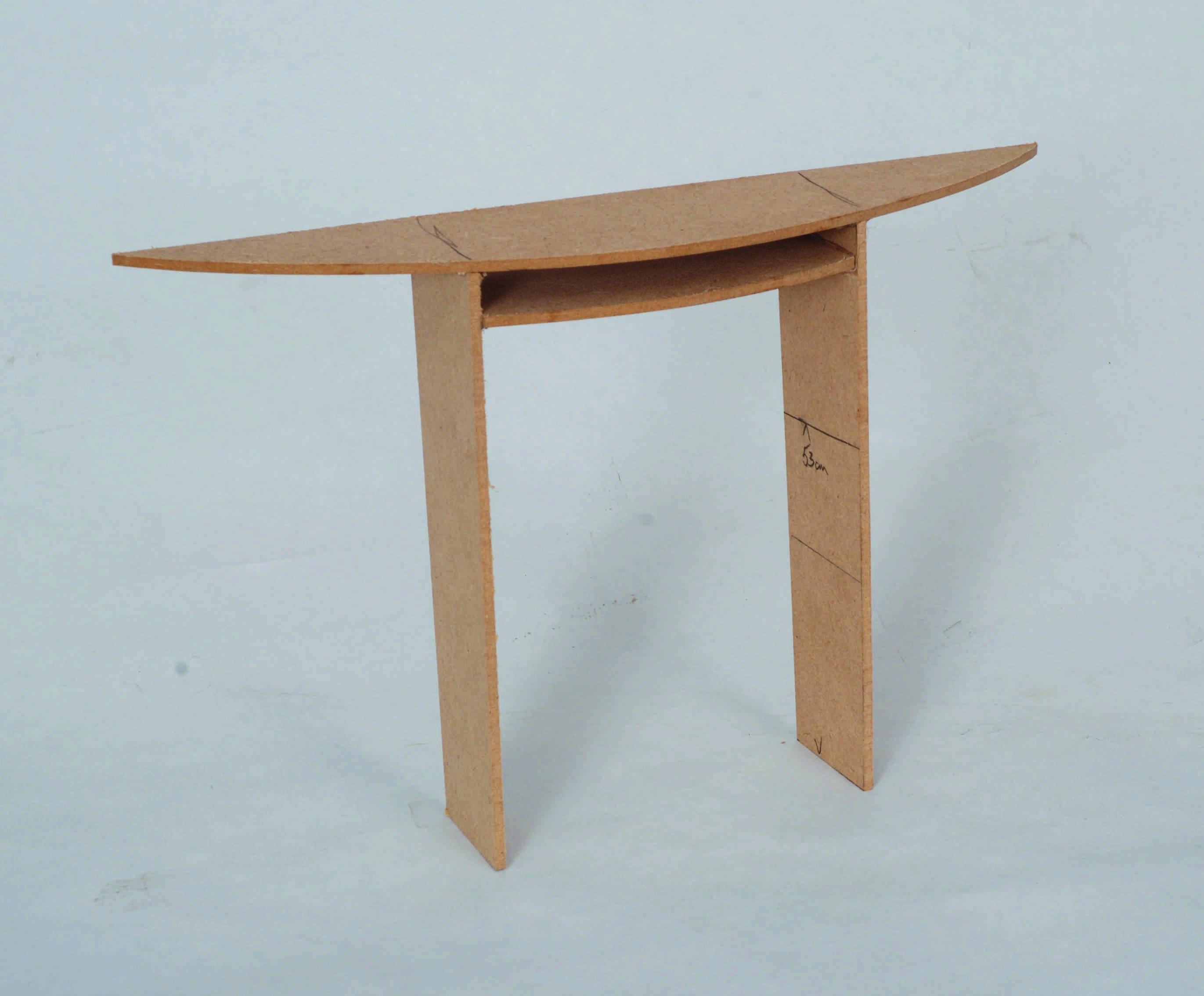 r alisation confirm une table demi lune l 39 atelier bois. Black Bedroom Furniture Sets. Home Design Ideas