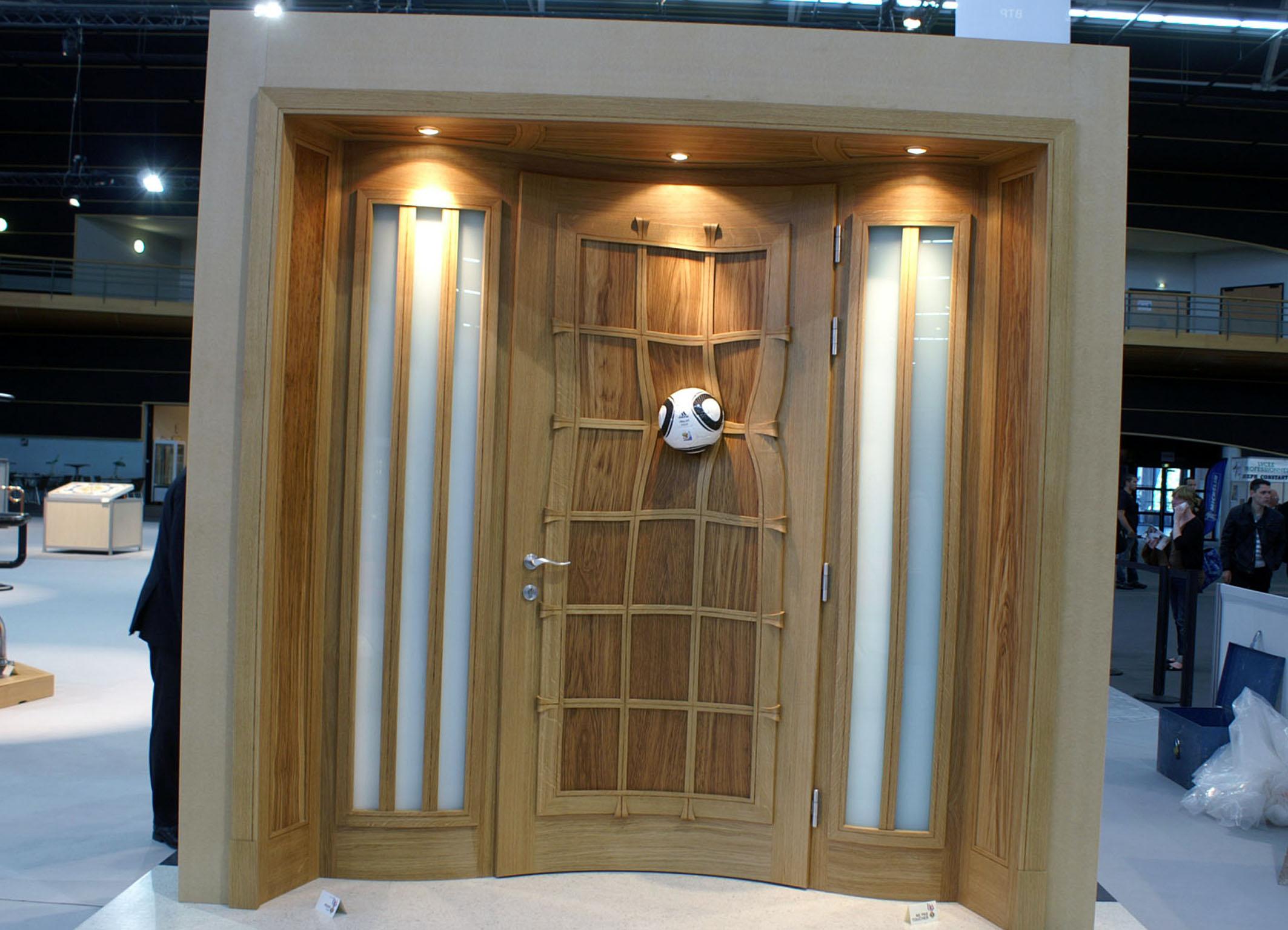 les meilleurs ouvriers de france s exposent dans le val d. Black Bedroom Furniture Sets. Home Design Ideas