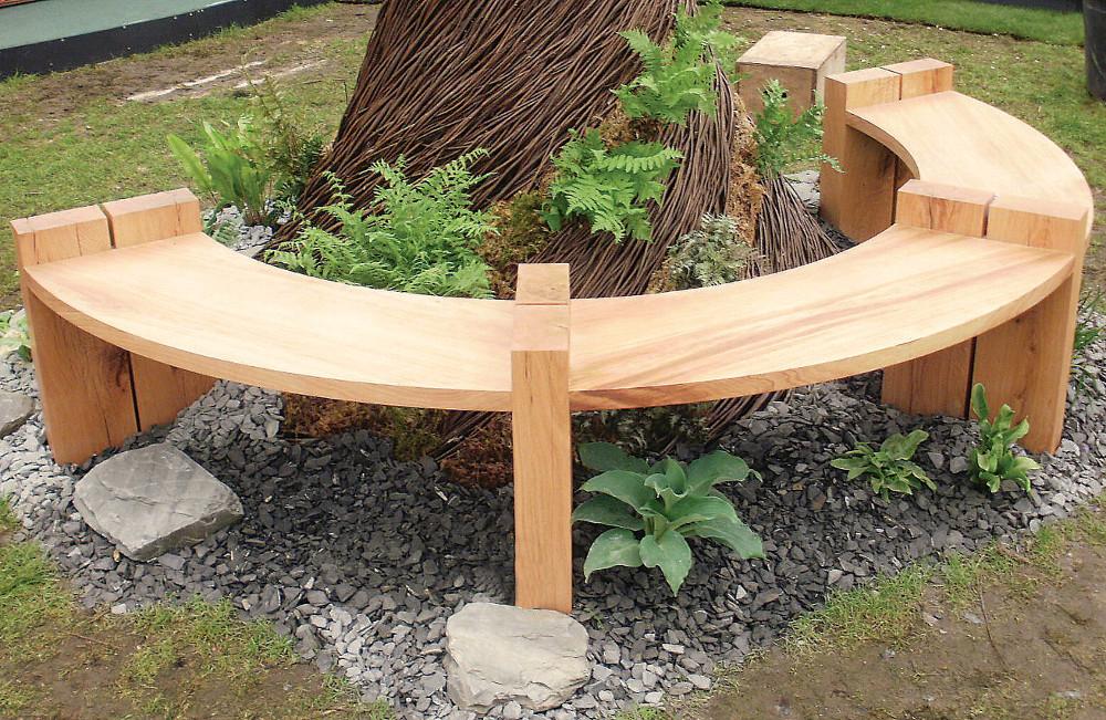 un banc autour d 39 un arbre l 39 atelier bois. Black Bedroom Furniture Sets. Home Design Ideas