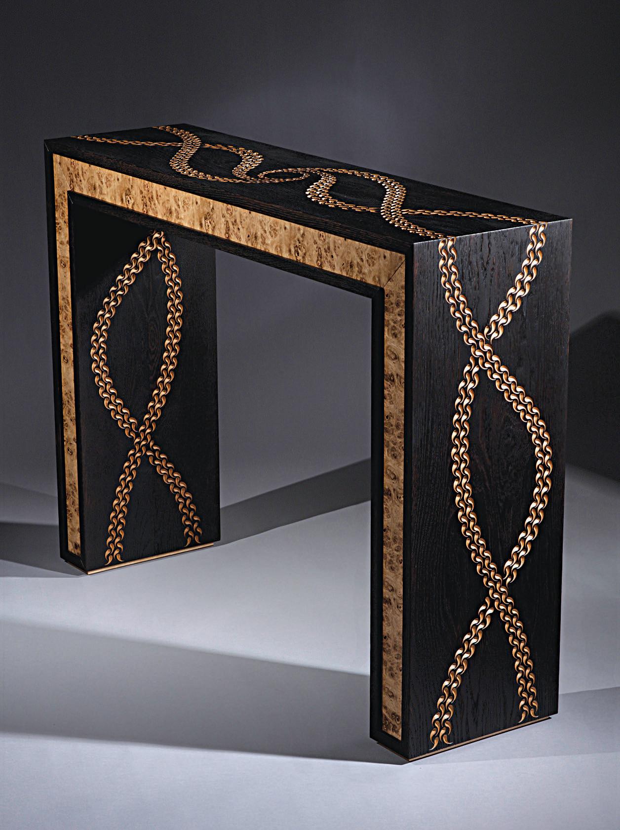 D corer un meuble avec les techniques du bois br l et de la sculpture l 39 atelier bois - Decorer un meuble ...